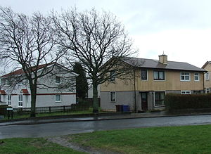 1946 in architecture - Original (right) and reconstructed (left) BISF houses in Port Glasgow