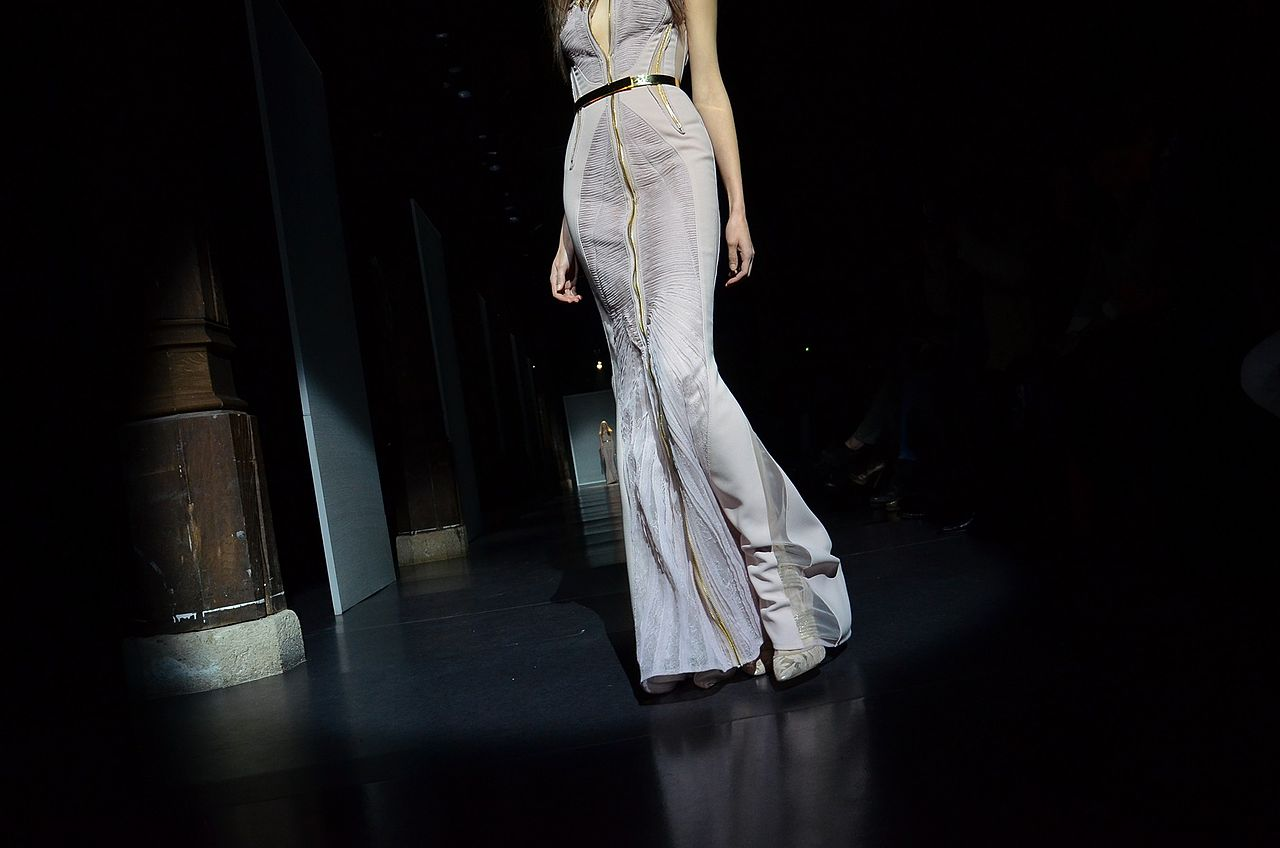 File basil soda spring summer haute couture 2012 2 jpg for Haute couture wikipedia