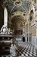 Basilika Seckau, Habsburger Mausoleum, Blick zum Altar.jpg