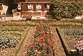 Bauerngarten im Emmental, rechteckige Symmetrie.jpg