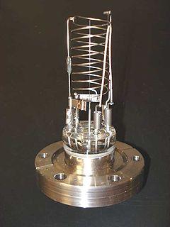 Hot-filament ionization gauge