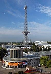 Il Funkturm, torre radio del 1926 nella zona fiere