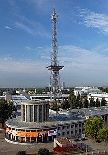 La tour radio de Berlin ( Berliner Funkturm )