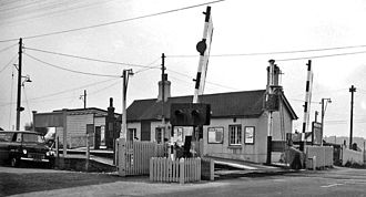 Level crossings in the United Kingdom - Image: Berwick Station 1792614 4f 7510da