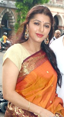 Bhumika Chawla at Bharat Thakurs art exhibition (06) (cropped).jpg