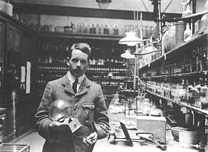 Balliol-Trinity Laboratories - Image: Big Moseley Card