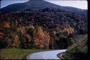 Blue Ridge Parkway BLRI9250.jpg