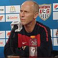 Bob Bradley at press conference 2010-05-29.JPG