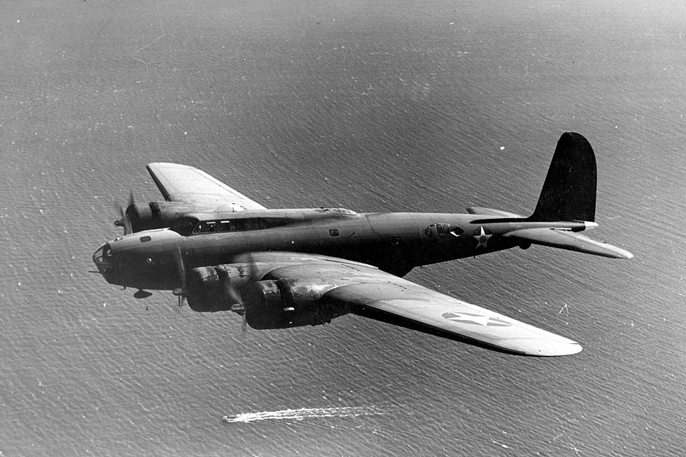 Boeing B-17D in flight