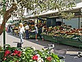 Bolzano Fruit market - panoramio - Frans-Banja Mulder.jpg