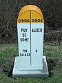 Borne frontière 63 et 03 sur D 906 2015-01-10.JPG