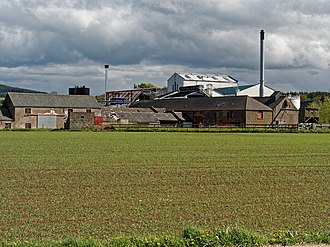 Royal Brackla distillery - Image: Brackla Distillery (geograph 4527800)