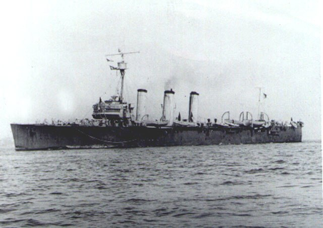 Brazilian cruiser Bahia 4