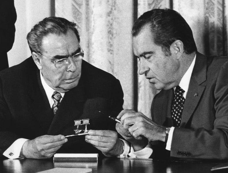 File:Brezhnev and Nixon - Flickr - The Central Intelligence Agency.jpg