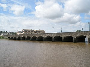 Barnstaple Long Bridge - Barnstaple Long Bridge, seen from the Barnstaple side of the river