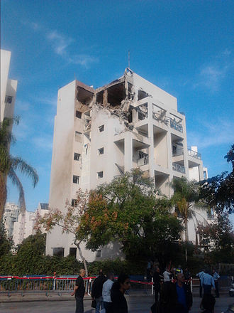Operation Pillar of Defense - Building in Rishon le Zion hit by Hamas rocket