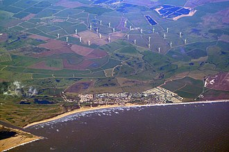 Camber, East Sussex - Image: Camber, East Sussex, and Little Cheyne Court Wind Farm