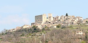 Caseneuve - A view of the village of Caseneuve