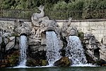 Caserta Fuente de los Delfines 29.jpg