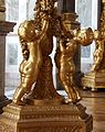 Château de Versailles, galerie des glaces, torchère ornée d'un groupe d'enfants 02.jpg
