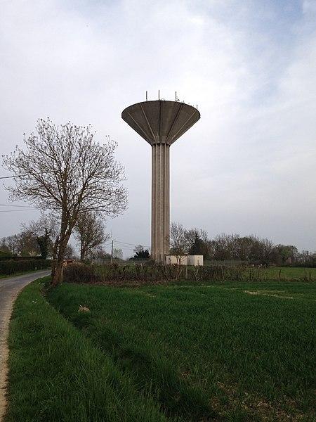 Le château d'eau de Saint-Cyr-sur-Menthon