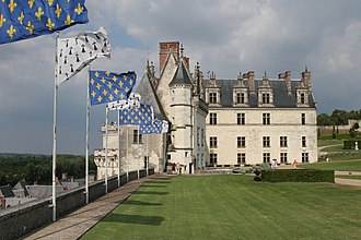 Château d'Amboise - Image: Chateaud Amboise SW