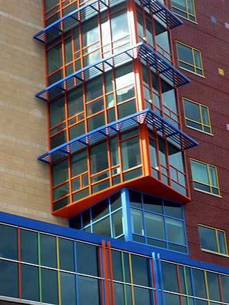 UPMC Children's Hospital of Pittsburgh - Detail of the exterior architecture of UPMC Children's Hospital of Pittsburgh