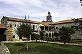 Claustro do mosteiro de Aciveiro.jpg