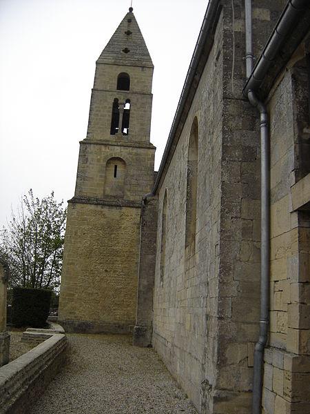 File:Clocher de l'église Saint- Martin à Anguerny.JPG