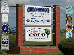 Colo Iowa 20090816 Welcome Sign.JPG