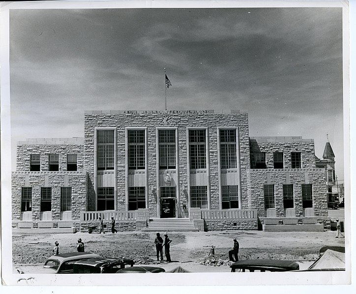 File:Comanche County Courthouse 1941.jpg