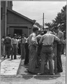 Coosa Valley, Alabama. Employment line outside contractor's office. - NARA - 522616.tif