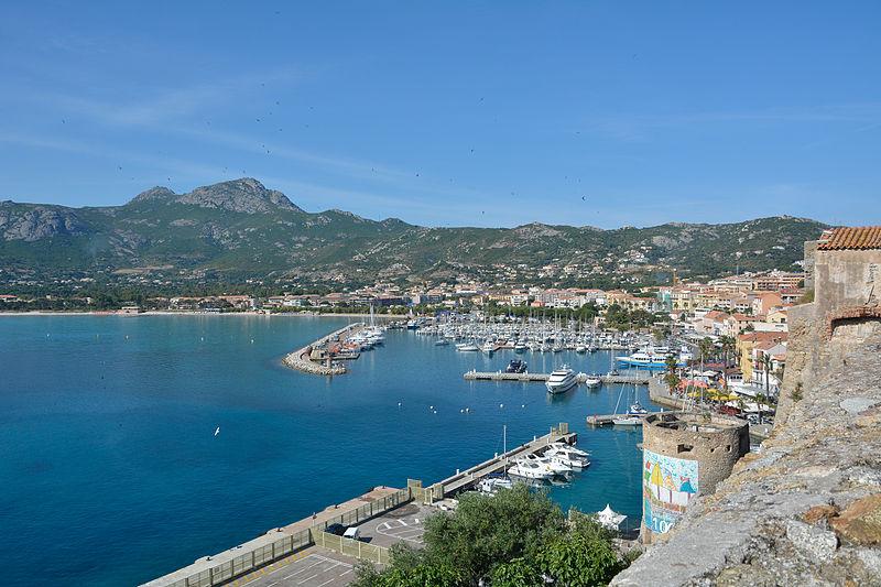 File:Corsica Calvi port Capu Di A Veta.jpg
