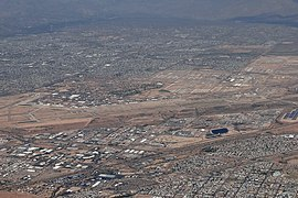 DMA DAVIS MONTHANS AFB FROM FLIGHT TUS-LAS 737 N748SW (10428164804) (2).jpg