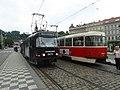 DPP tram line 12 at Malostranská 02.jpg