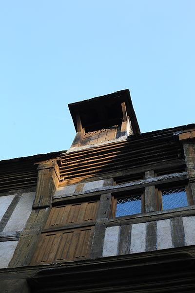 File:Dinan - Maison du Gouverneur 02.JPG Исторические памятники Динана, достопримечательности Динана, фотографии Динана