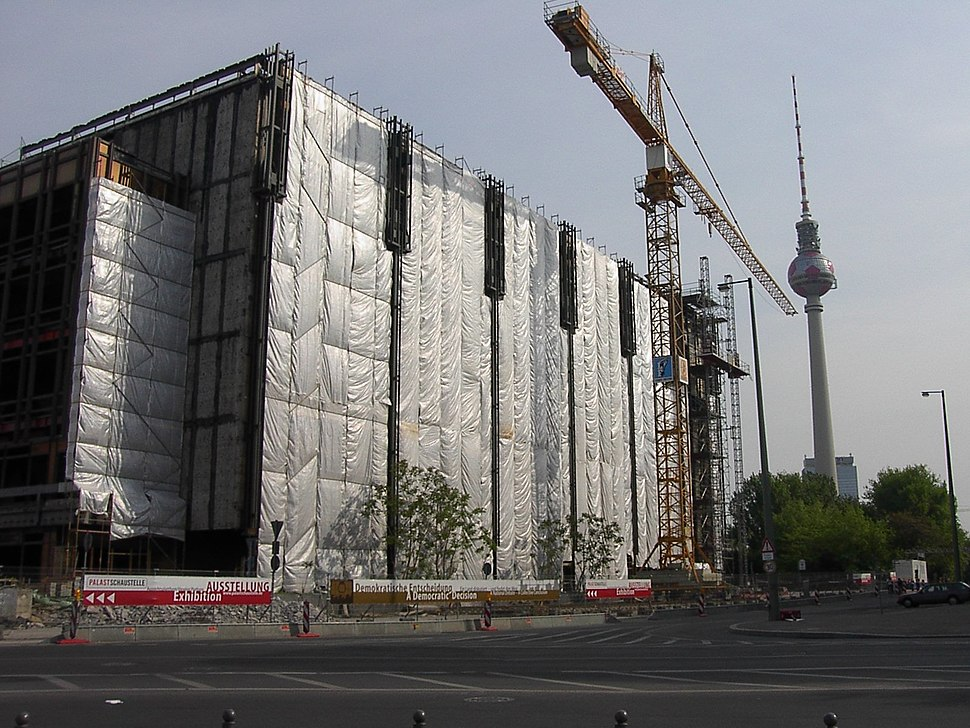 Dismantling of the Palace of the Republic