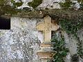 Domme chapelle Caudon portail croix.JPG
