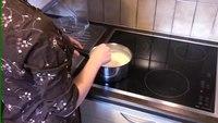 סרטון המדגים תהליך הכנה של ריבת חלב