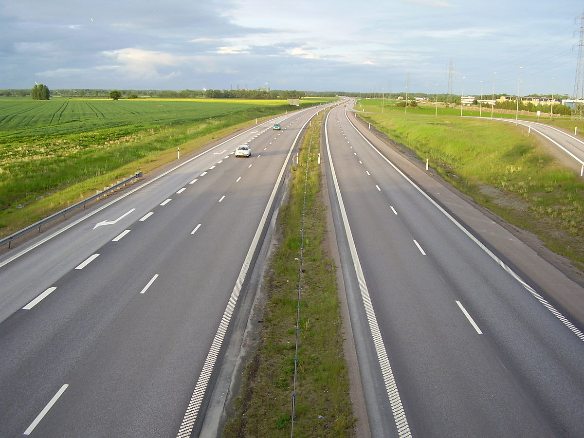 Controlled-access highway - Simple English Wikipedia, the ...