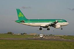 EI-DVK A320-214 Aer Lingus - Flickr - D464-Darren Hall