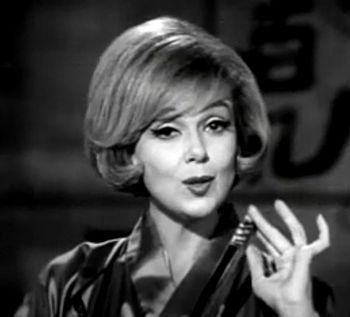 English: Edie Adams in a 1965-1966 commercial ...