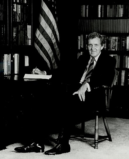 Edmund Muskie in his office as Secretary of State, 1980 Edmund Sixtus Muskie, U.S. Secretary of State.jpg