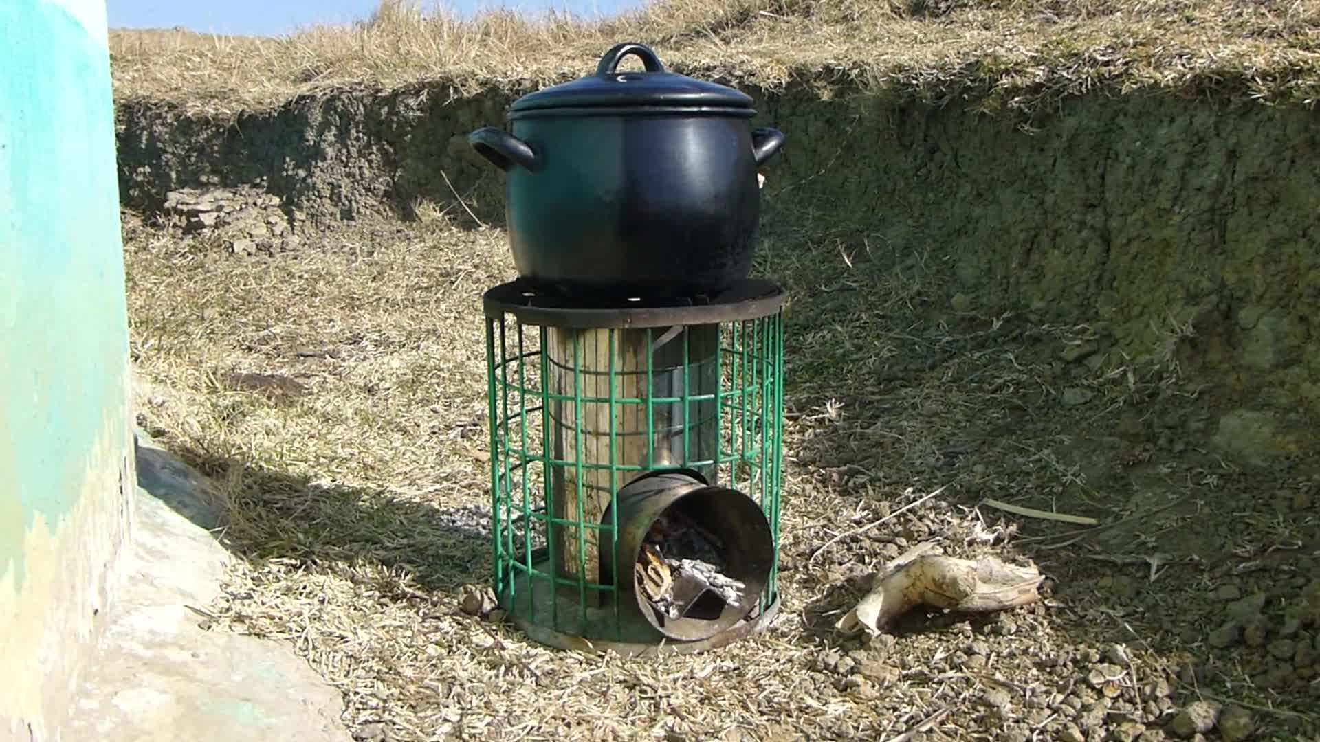 File:Efficient wood burning stove in South Africa.webm - Wikimedia ...