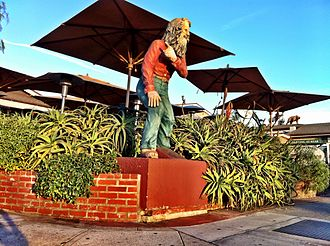 Eiler Larsen - Statue of Eiler Larsen stands on the Pacific Coast Highway in Laguna Beach