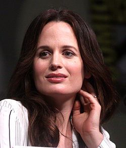 Elizabeth Reaser vid San Diego Comic-Con International 2012.