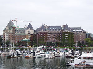 Victoria Harbour (British Columbia) - The Empress Hotel overlooks James Bay and the Causeway Floats, 24 September 2008