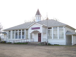 Former 1937 school in Eola