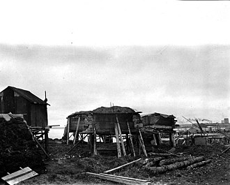 Naknek, Alaska - Dwellings in Naknek in 1917, photo by John Nathan Cobb