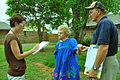 FEMA - 44278 - FEMA and state workers speak with a resident in Oklahoma.jpg
